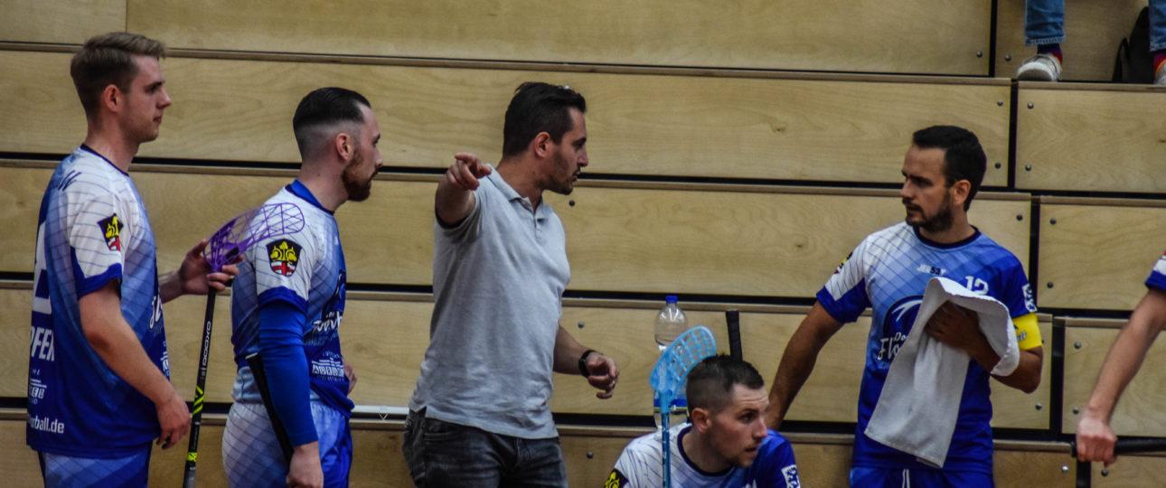 Da geht's lang: Teamgeist, Aggressivität und Tempo sind die Tugenden, die Jean-Francois Boucher den Donau Floorballern vermitteln will. (Foto: Laura Olenik)